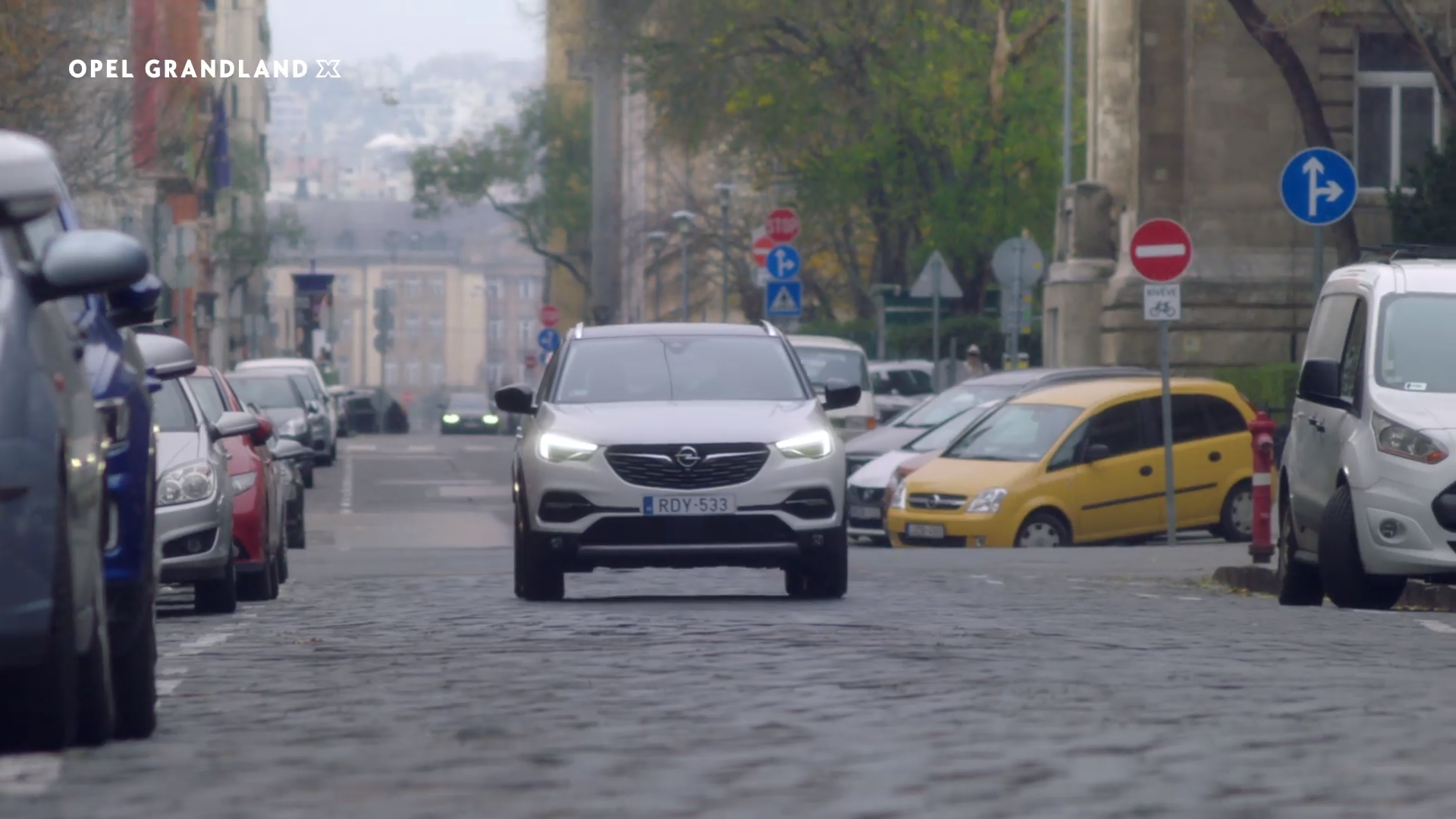 Opel, commercial, Budapest, Facebook, video