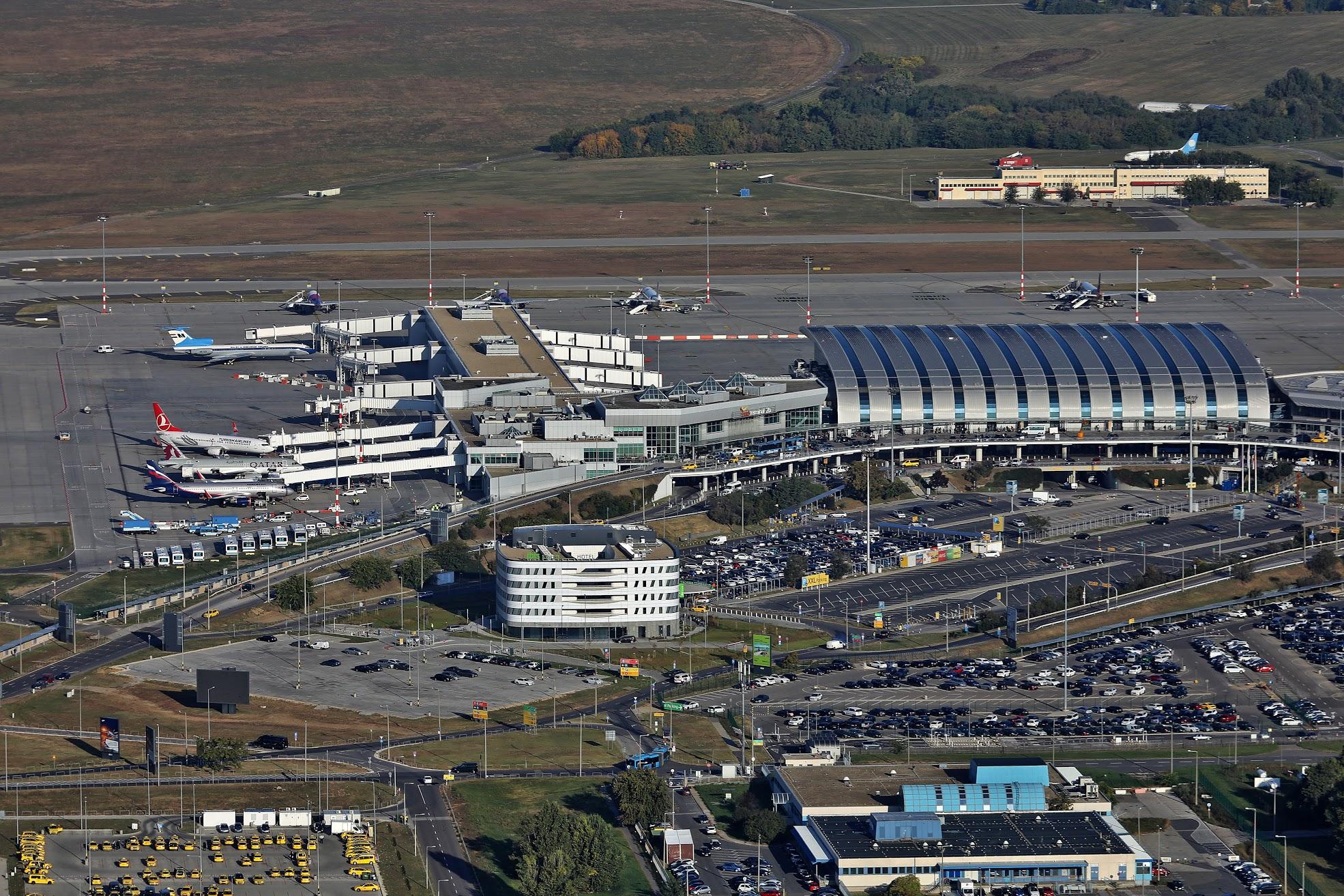 budapest airport 2019