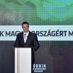 Head of PM's Office: Left-wing now aligning with 'fascists'