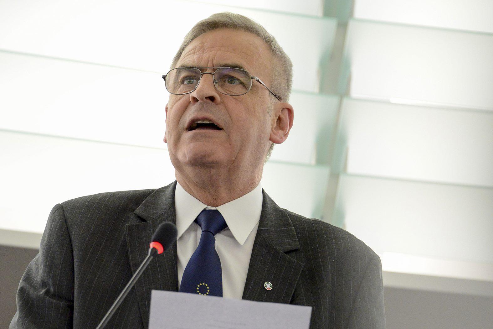 lászló tőkés Hungary MEP EU Fidesz