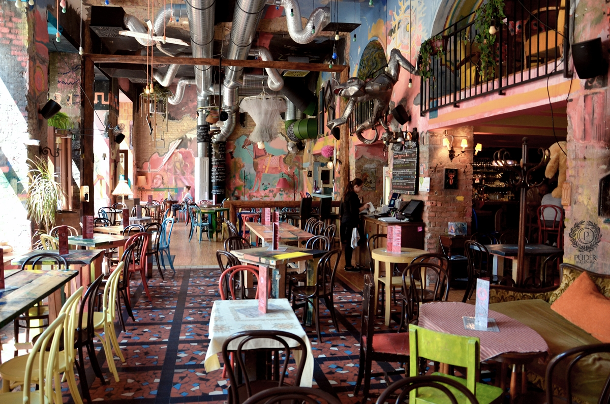 púder budapest pub