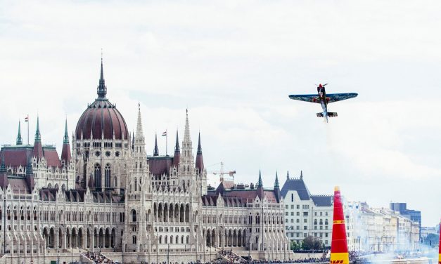 Red Bull Air Race to be held in Zamárdi, Lake Balaton
