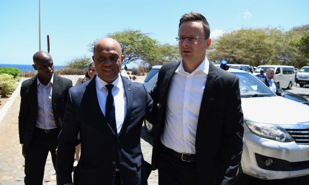 Hungarian FM praises Cape Verde's 'responsible attitude' to migration