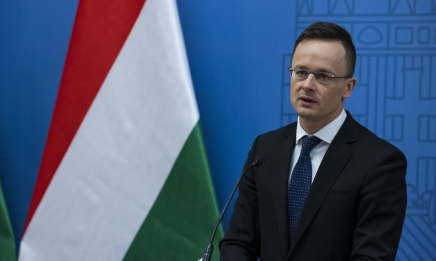 United Nations wants to manage migration, not stop it, says Hungarian foreign minister