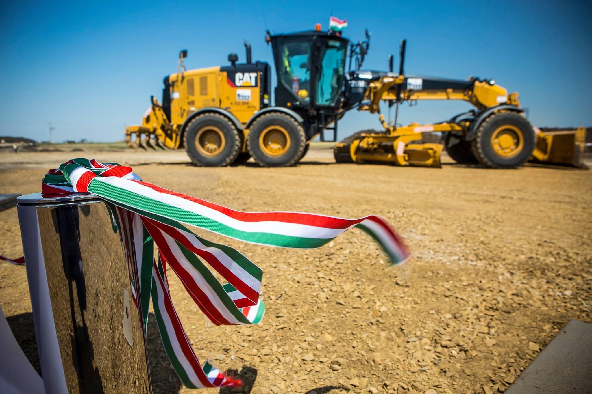 Hungary, work, construction, field