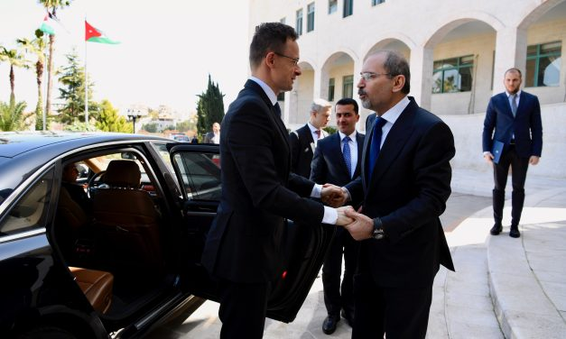 Hungarian FM calls for more EU aid for Jordan