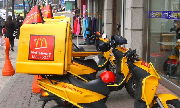 McDonald's to launch McDelivery in Hungary in April?