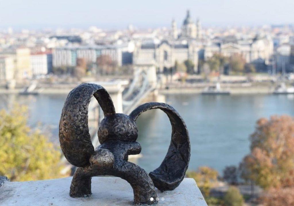 #mini #statue #budapest