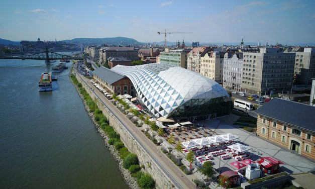 Budapest assembly votes to sell 'Bálna' complex