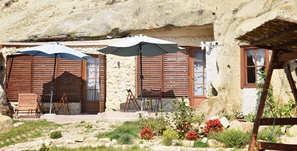 extreme accommodation