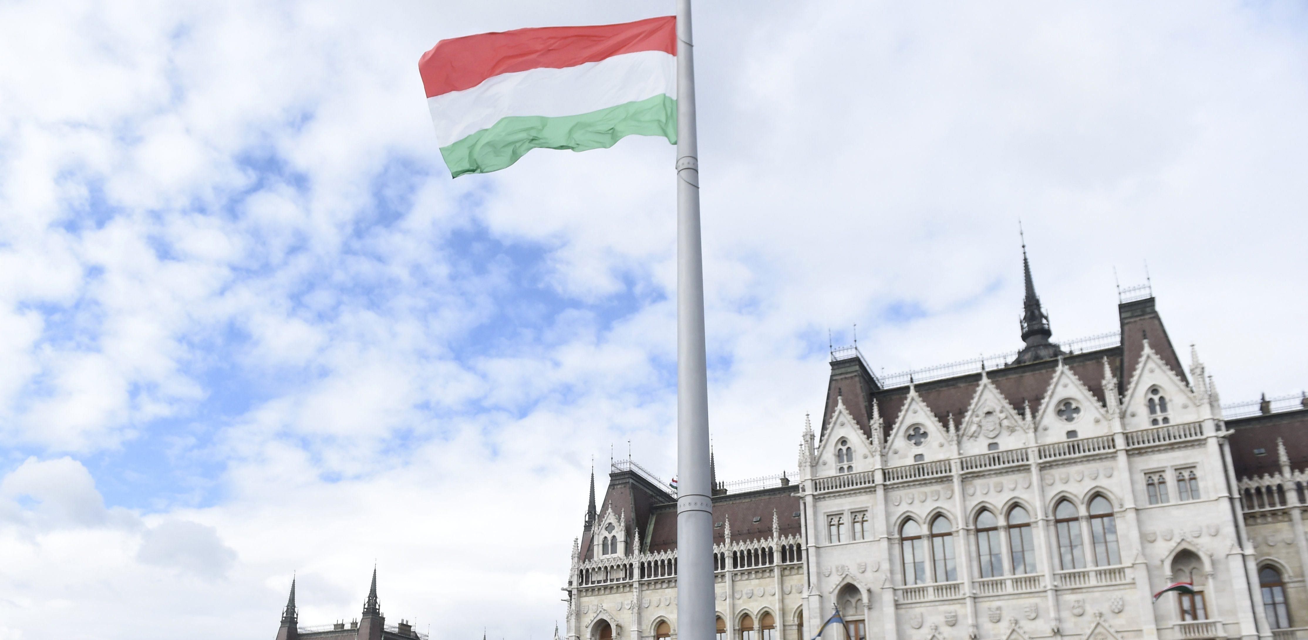 march 15 parliament flag