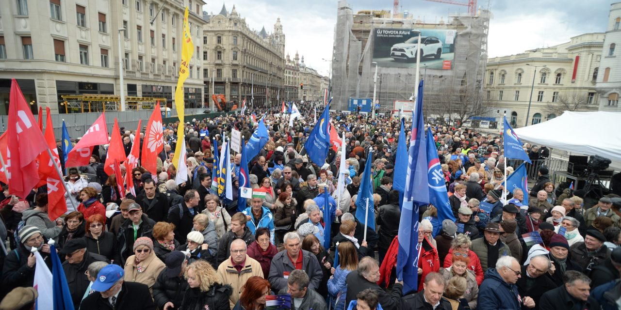 March 15 – Opposition parties hold joint demonstration