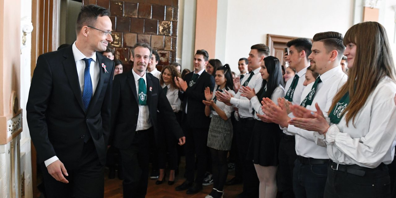 Hungary to build new football pitches, academies, halls in the Carpathian Basin