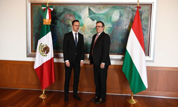 Hungary signs an agreement on aid to Mexico church reconstruction