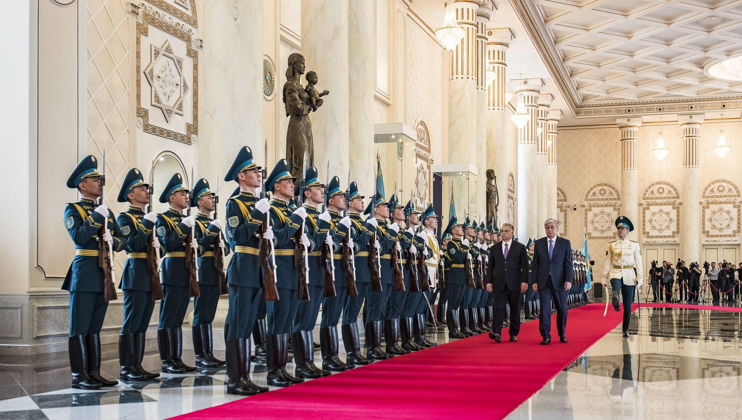 Orbán Kazakhstan tokajev