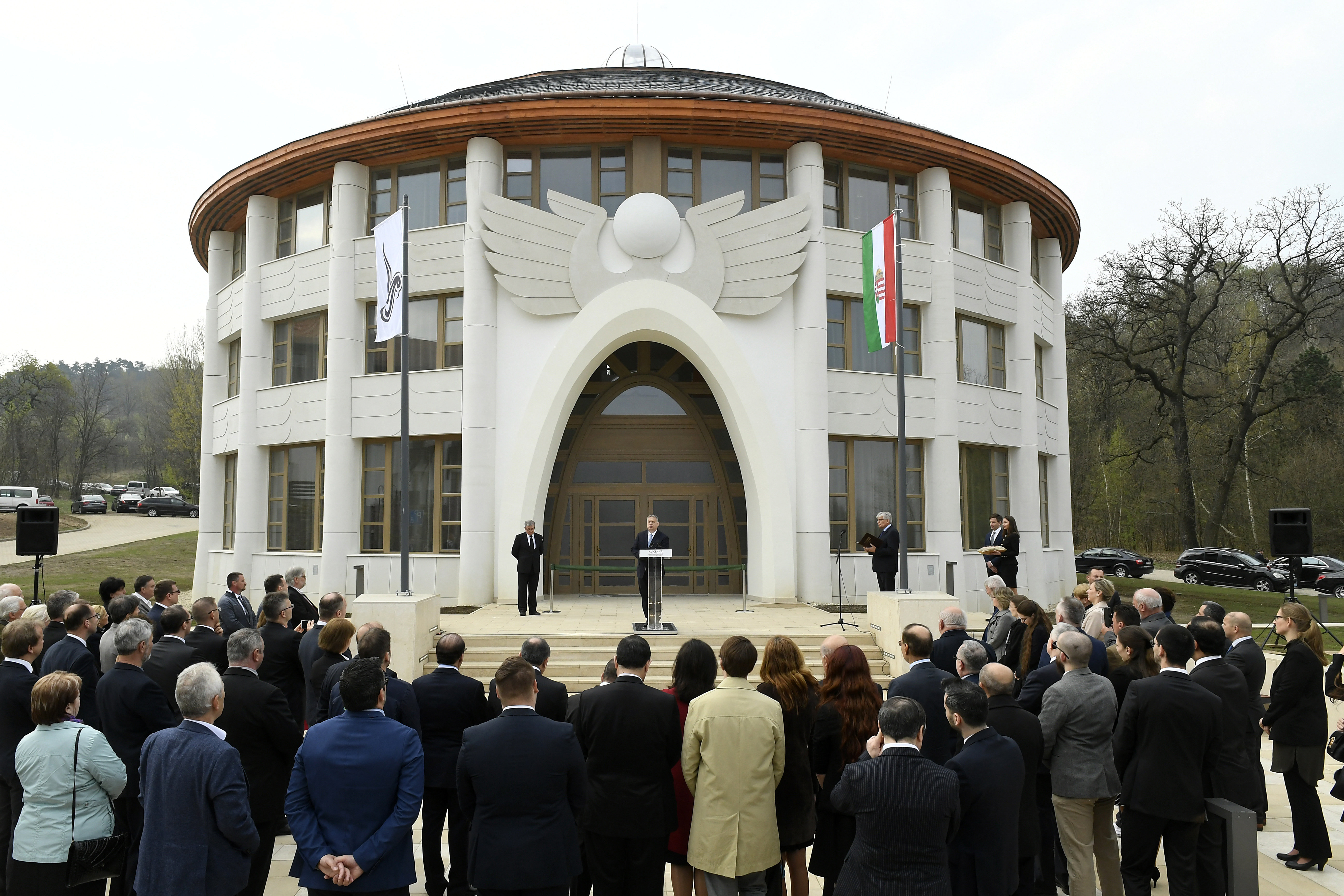 Orbán inaugurates Avicenna Institute of Middle Eastern Studies in Piliscsaba