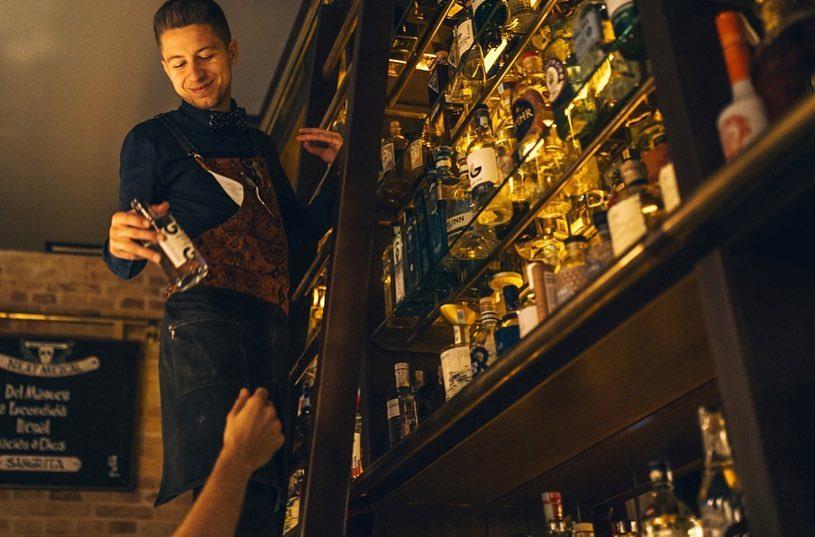 bar, budapest, cocktail