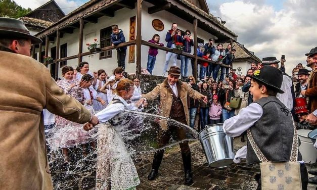 How to prepare for Easter in Hungary – VIDEOS