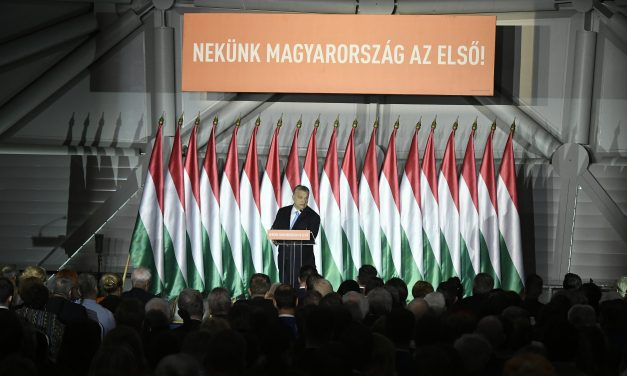 Opposition parties blast Fidesz' EP campaign launch