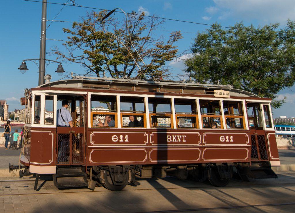 Thermal Heritage Tram, Budapest, transport