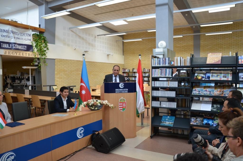 Azerbaijani book corner opened in Hungary Dunaújváros University
