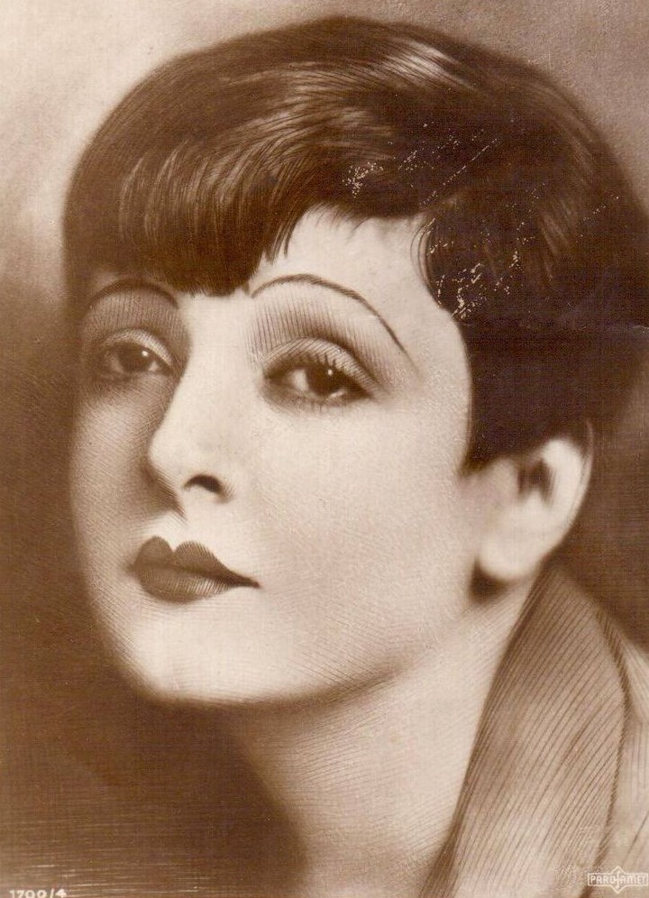 Lya De Putti, Hungary, actress