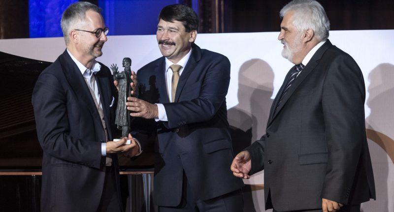 barabási bolyai prize