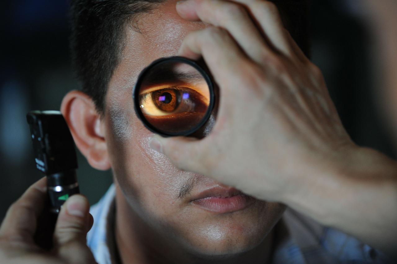 optometrist health doctor