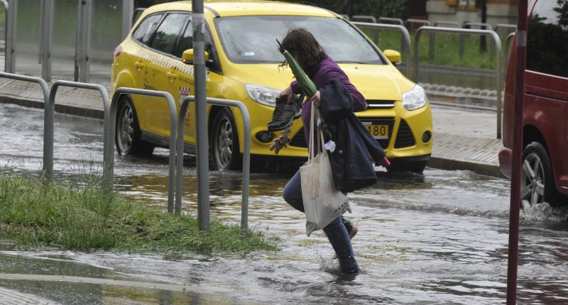 weather hungary rain