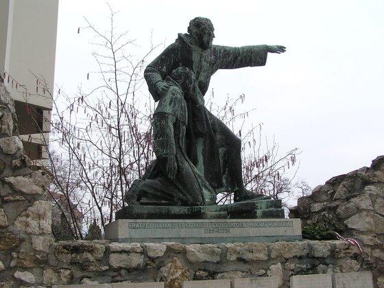 statue, budapest, friar julian
