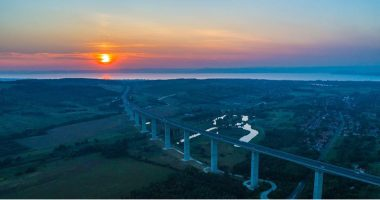 hungarian bridge viaduct
