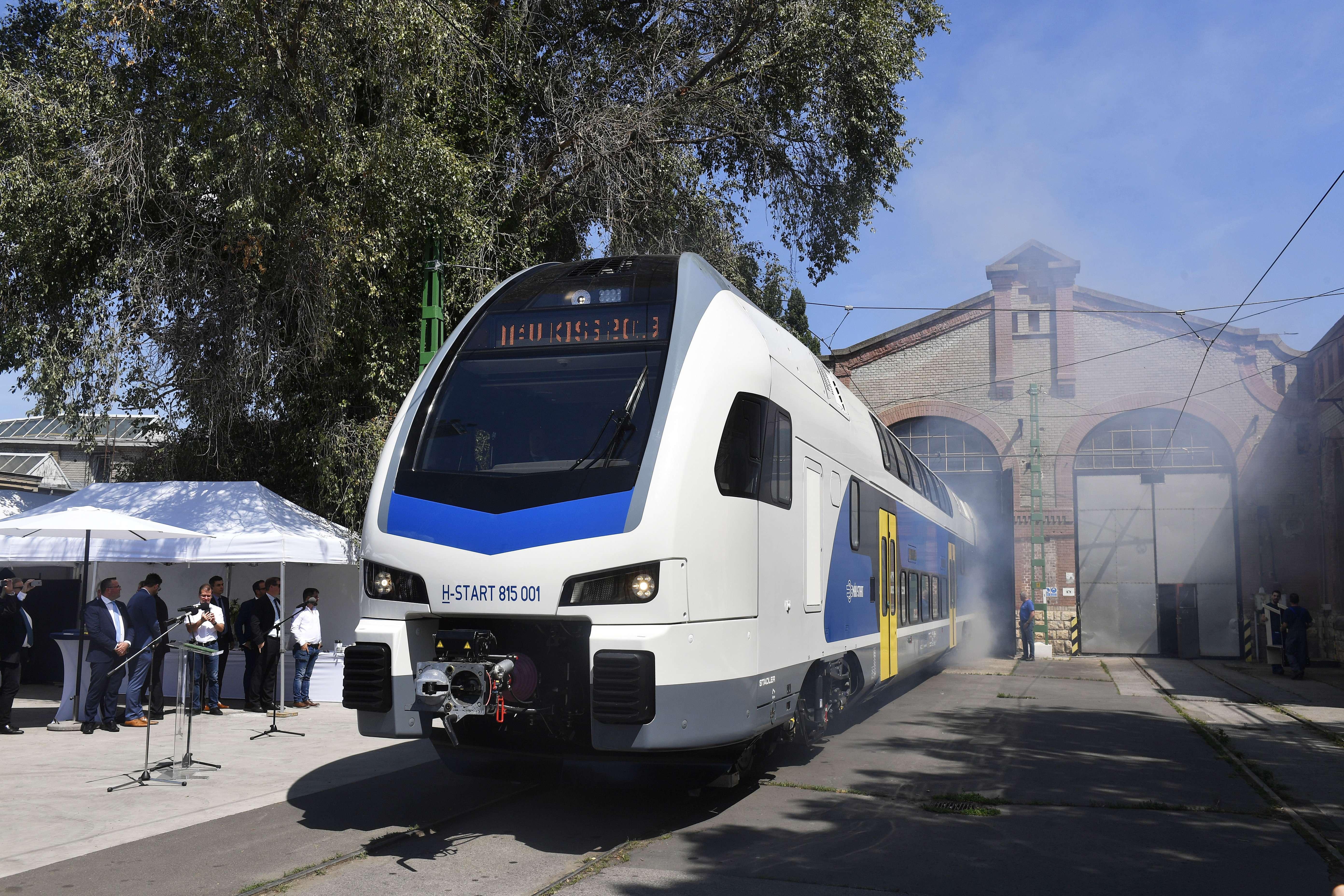KISS double decker train