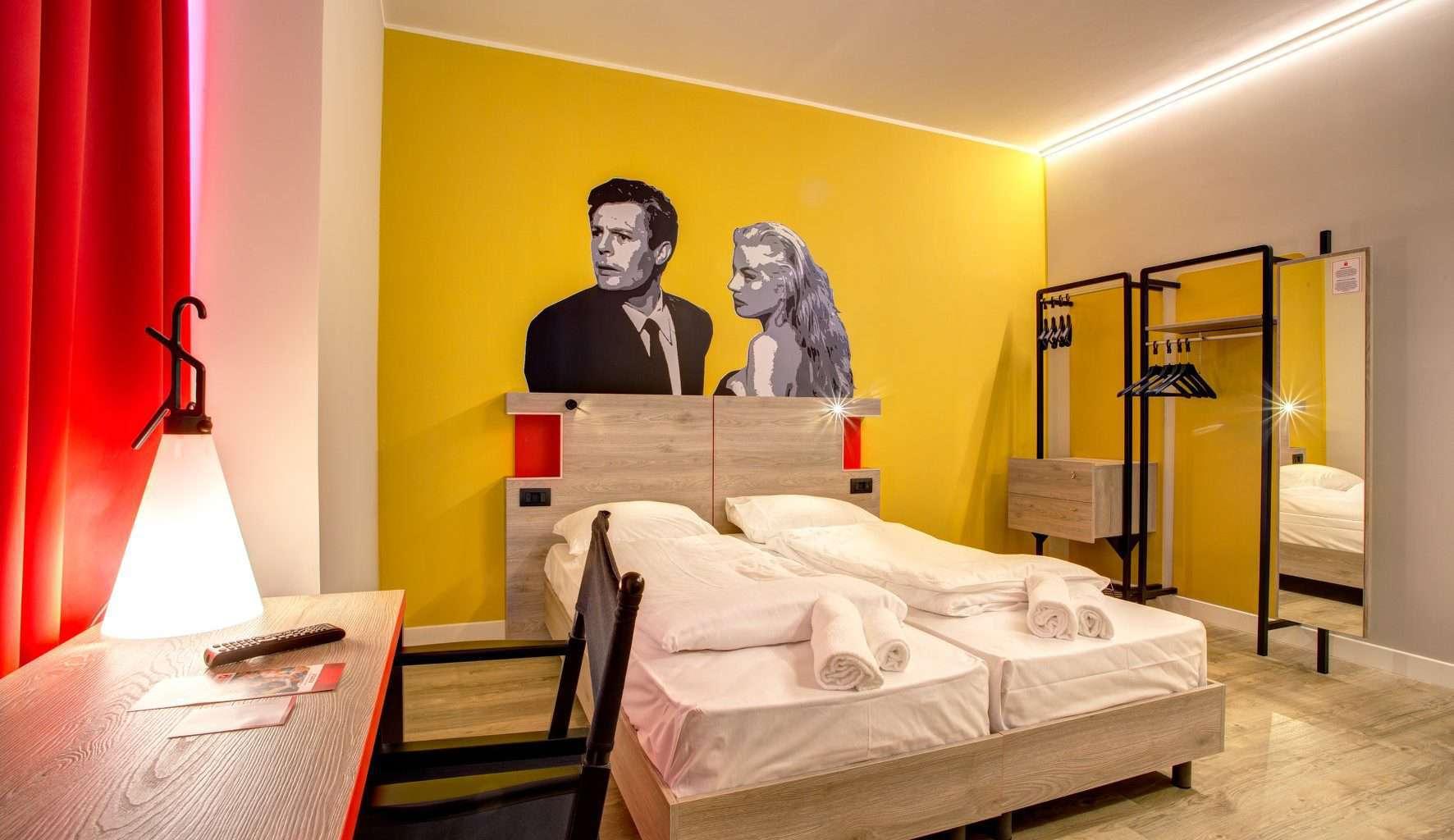 Meininger Hotel (2)