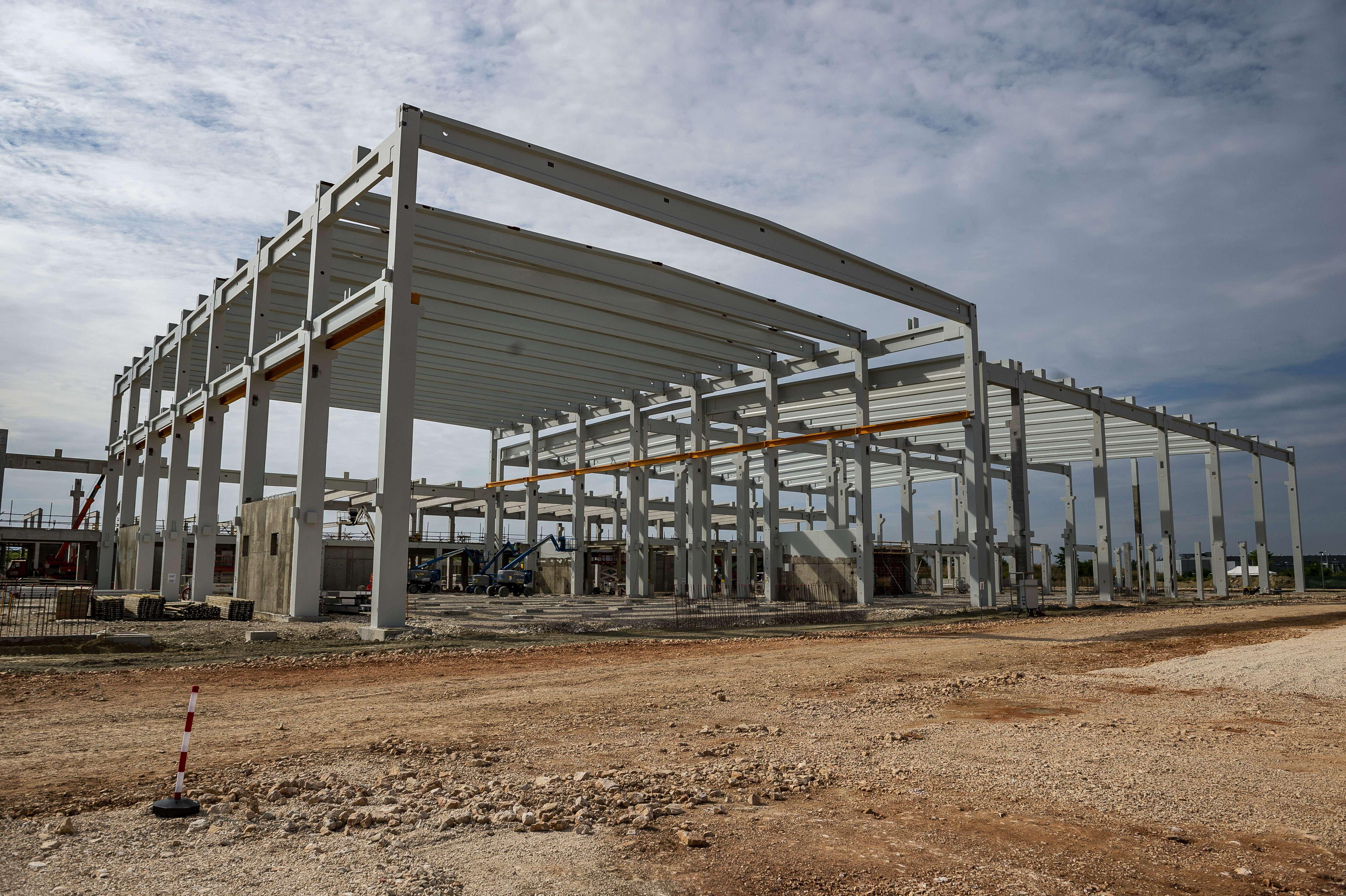South Korea's Doosan starts building EUR 95m copper foil plant in Hungary