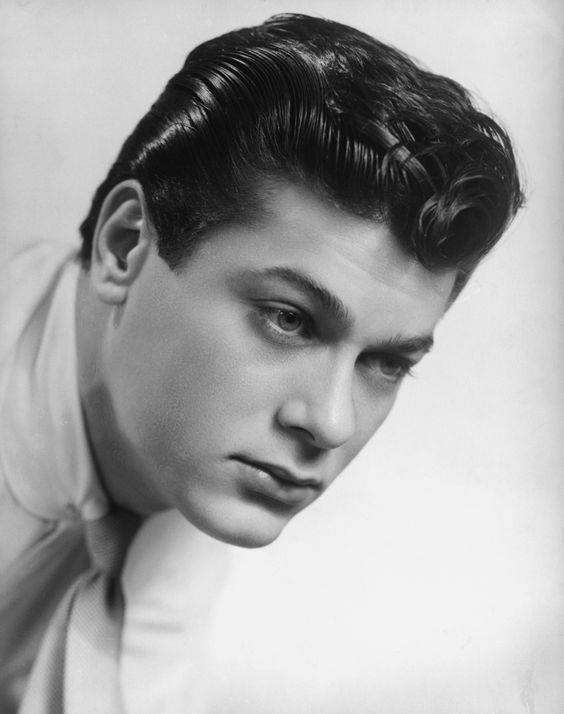 Tony Curtis, actor, Hungary