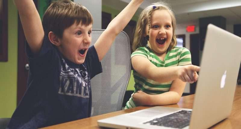 children gaming computer