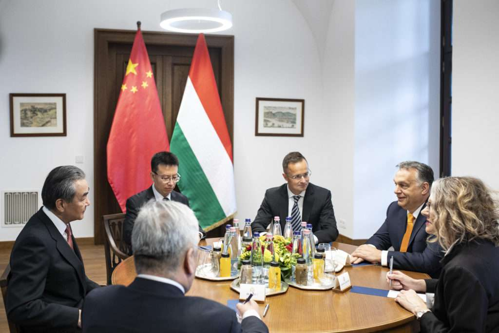 Orbán Wang Yi China