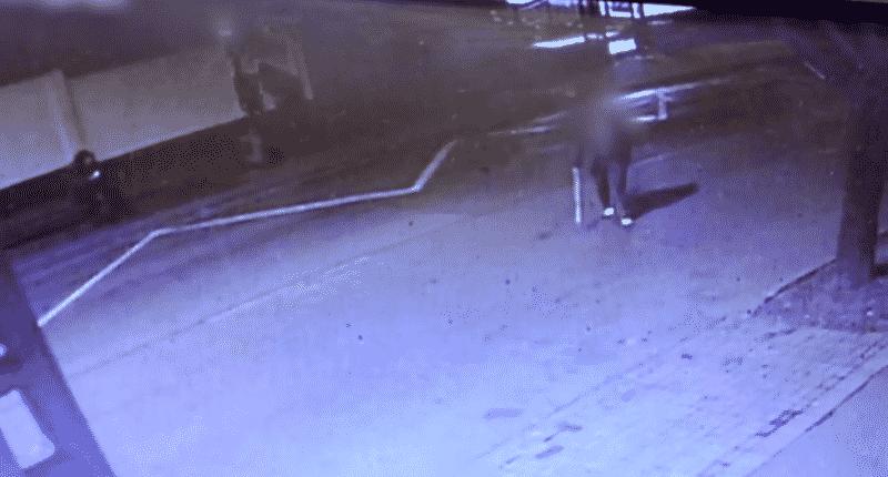 man beats teenager in bus stop