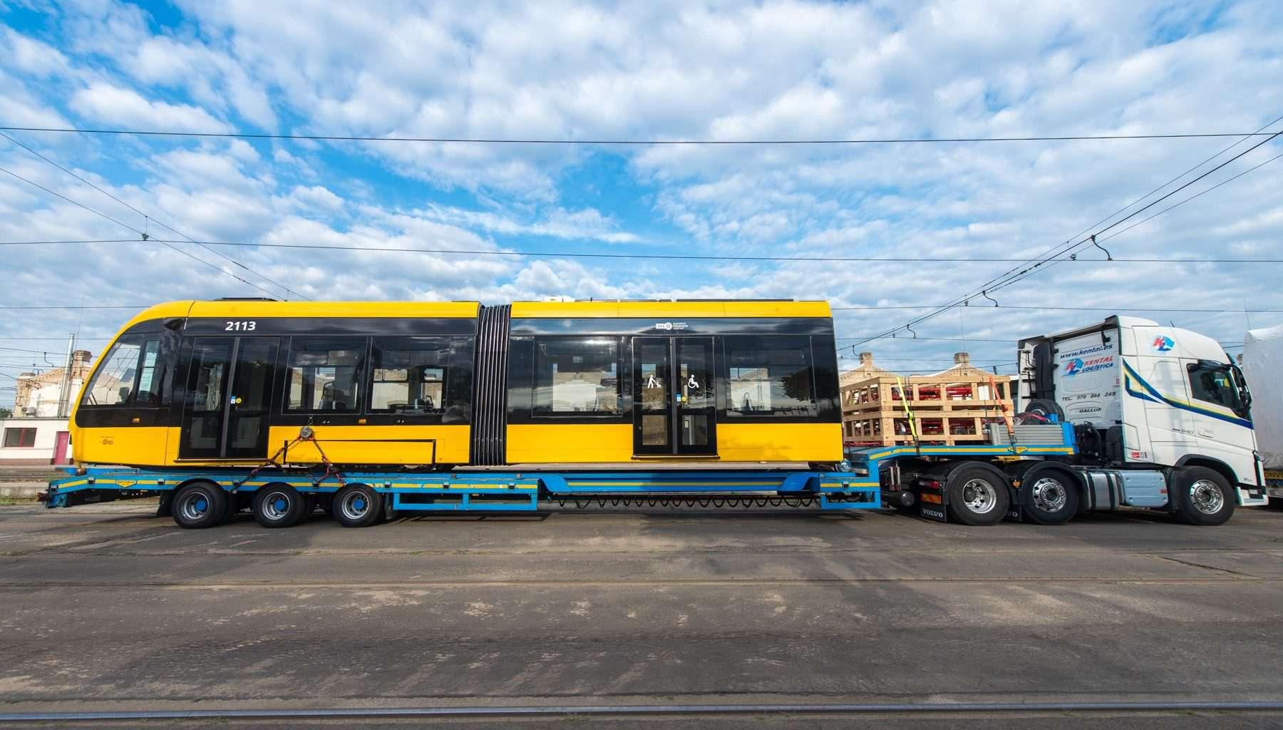 tram, Budapest, new, Hungary