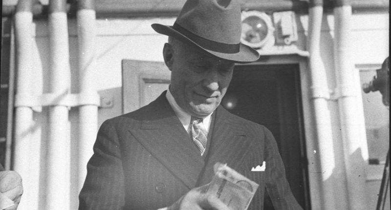 Adolph Zukor, Hungary, Hollywood