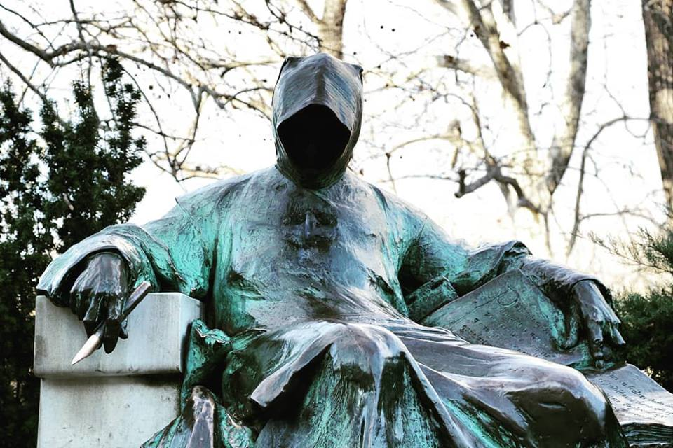 Anonymus, close, statue, Hungary