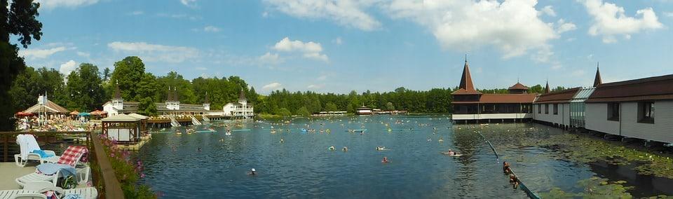 Hévít - tófürdő