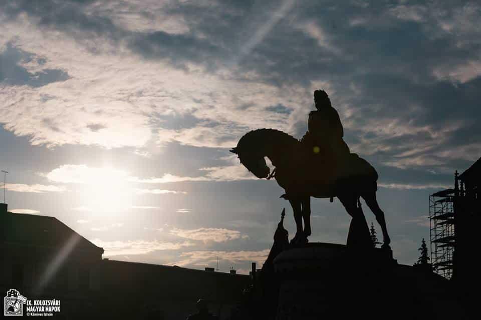 Mátyás szobor