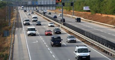 M0 Hungary Budapest traffic cars transport