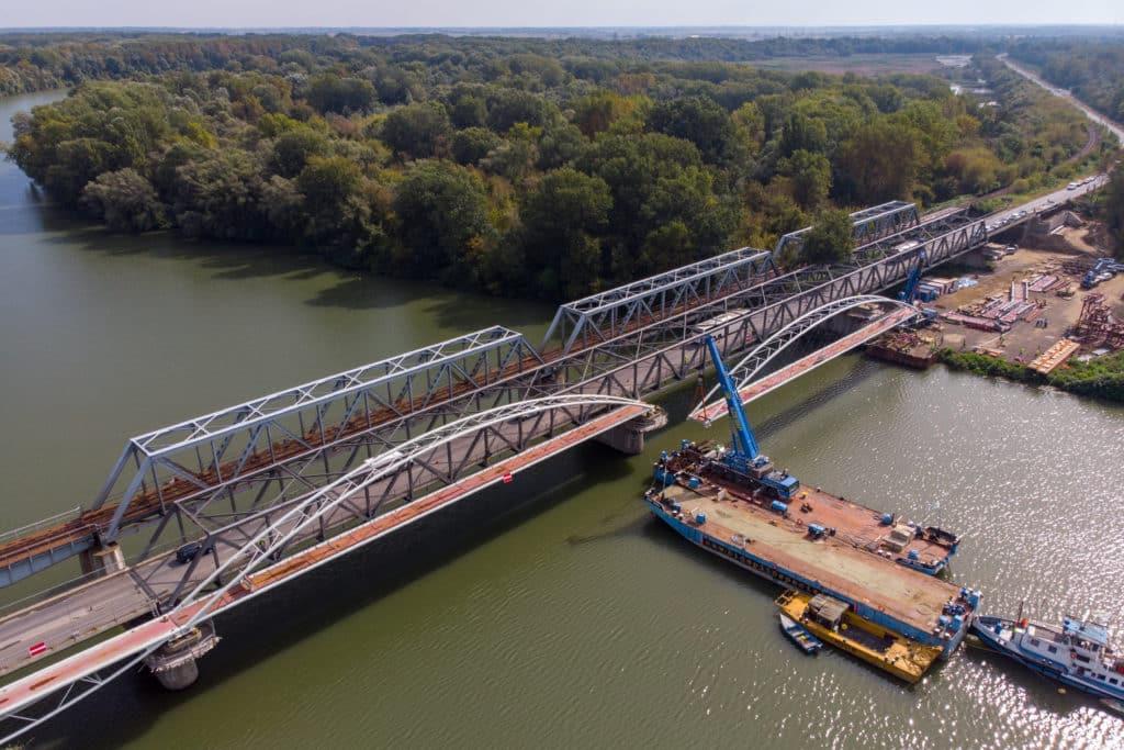 new tisza bridge