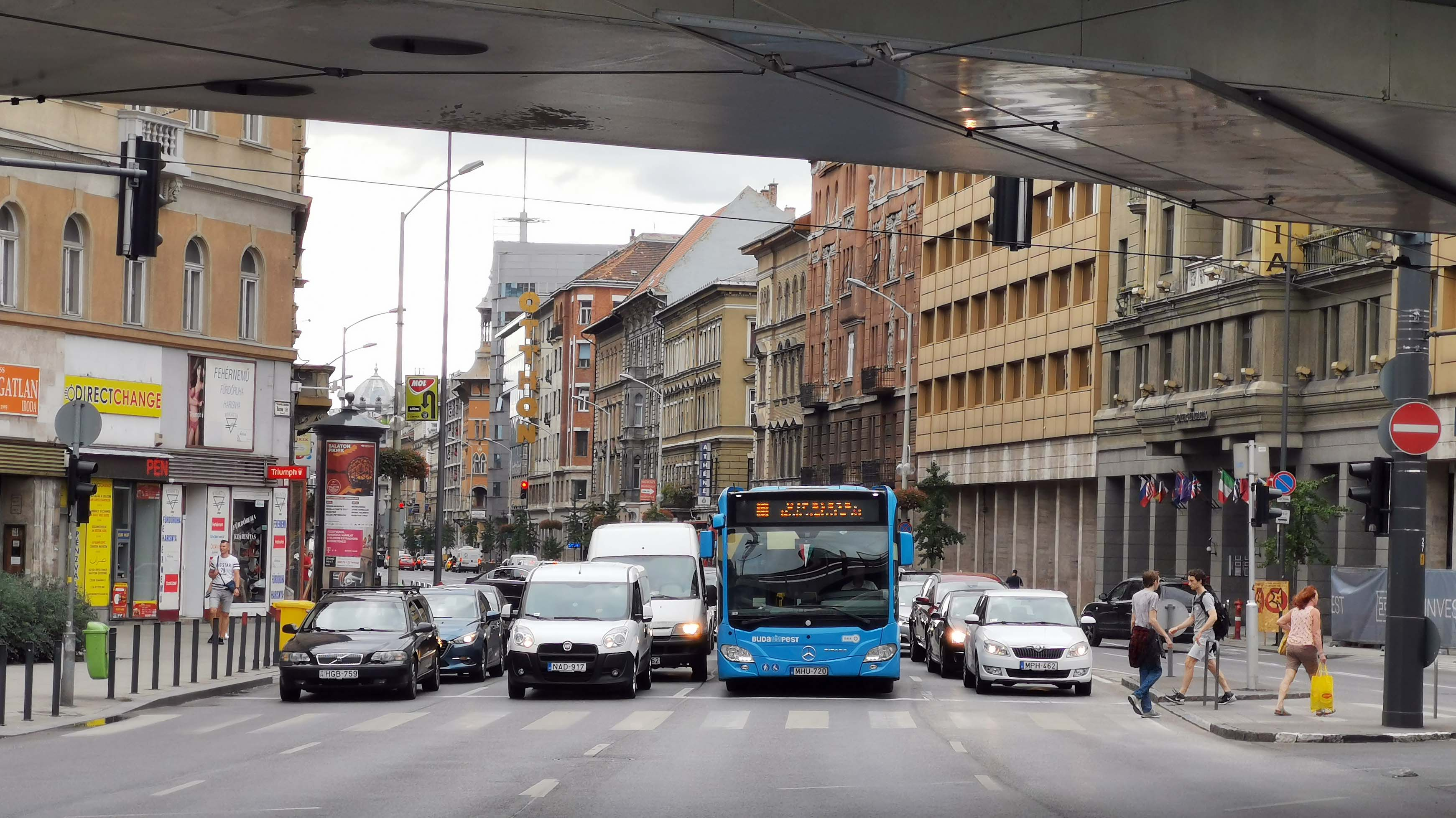 traffic Budapest Hungary transport