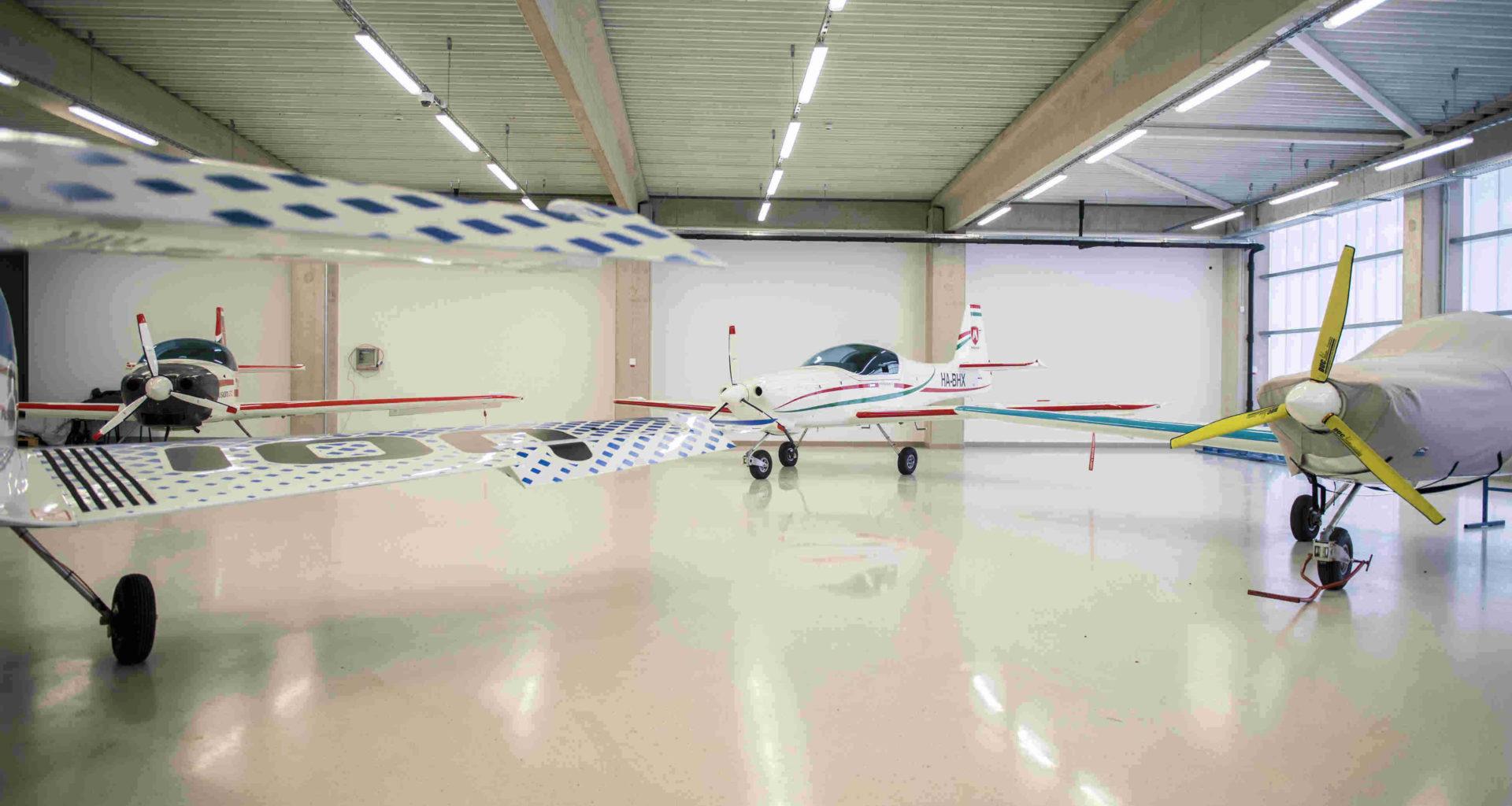 Magnus Aircraft Pécs Hungary