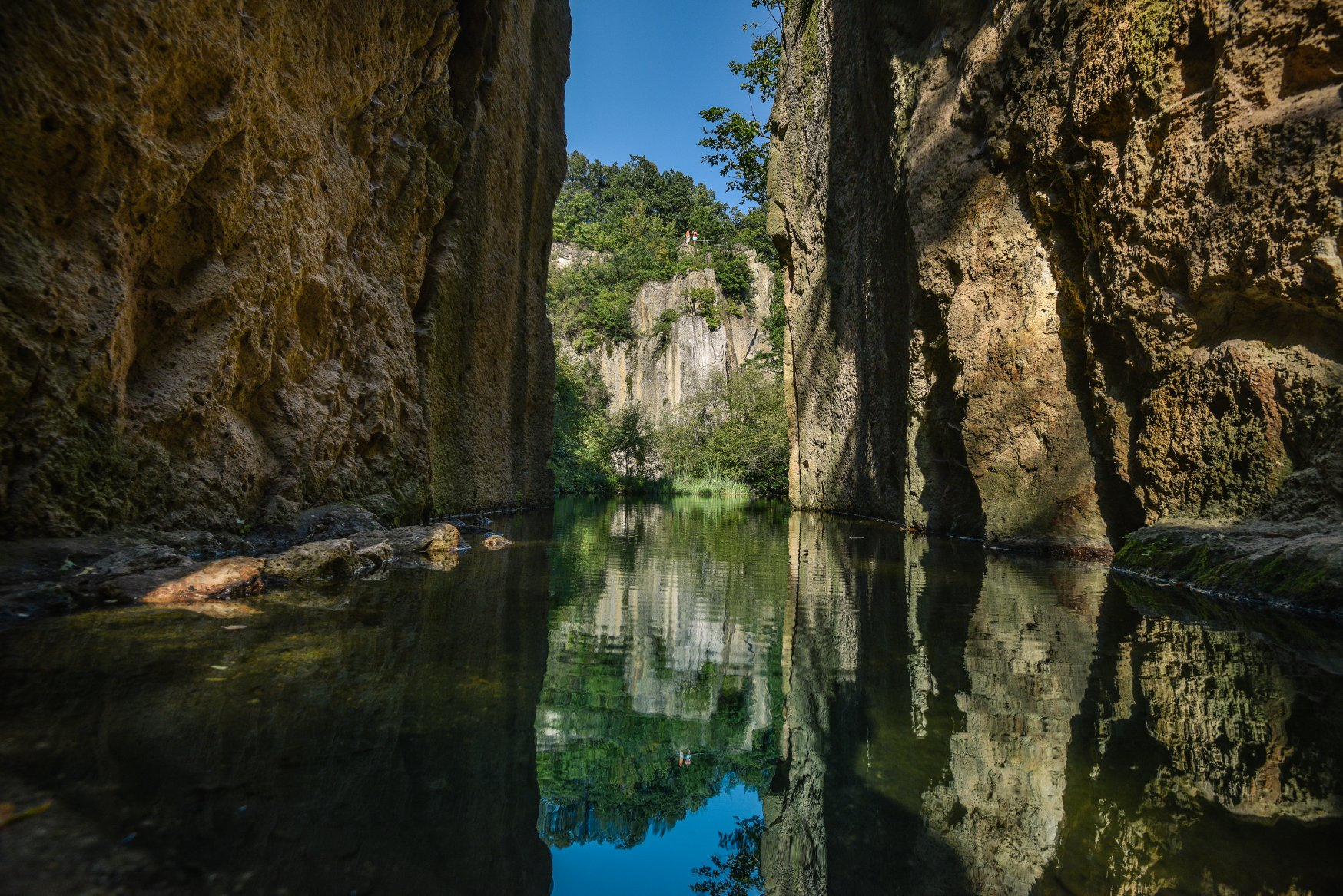 Megyer hegyi tengerszem, Hungary, treasure
