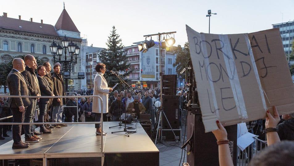 demonstration against borkai