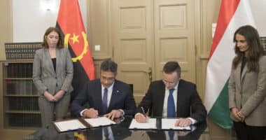 Hungary signs MoC on energy, water industry cooperation with Angola